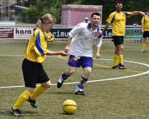 17. Echaz-Cup